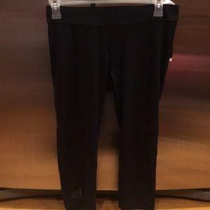 Women's nwt black adidas Capri sweat pants euc